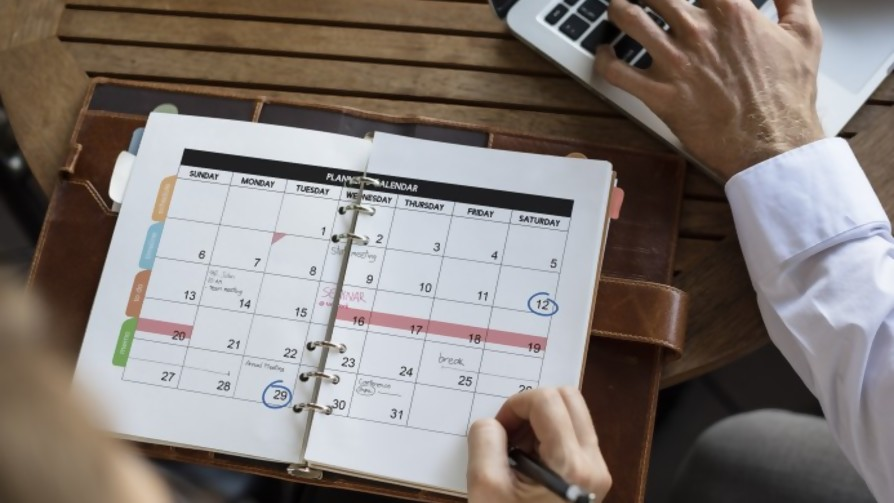 La extinción de la agenda de papel  - Entrada en calor - 13a0 | DelSol 99.5 FM