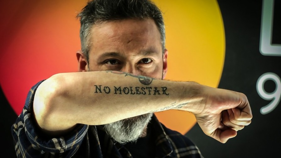 Si te tuvieras que tatuar algo grande y visible, ¿qué te tatuarías y en dónde? - Sobremesa - La Mesa de los Galanes | DelSol 99.5 FM