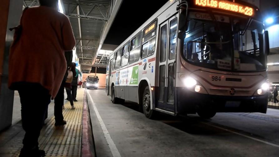 ¿Cuál es la linea de ómnibus con mayor recorrido? - Audios - Locos x el Fútbol | DelSol 99.5 FM
