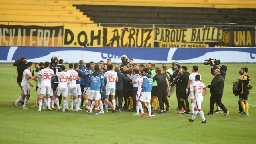 Nacional está tres goles arriba de River Plate - Deporgol - La Mesa de los Galanes | DelSol 99.5 FM