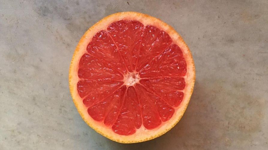 Sobredosis de pomelo - La Receta Dispersa - Quién te Dice | DelSol 99.5 FM
