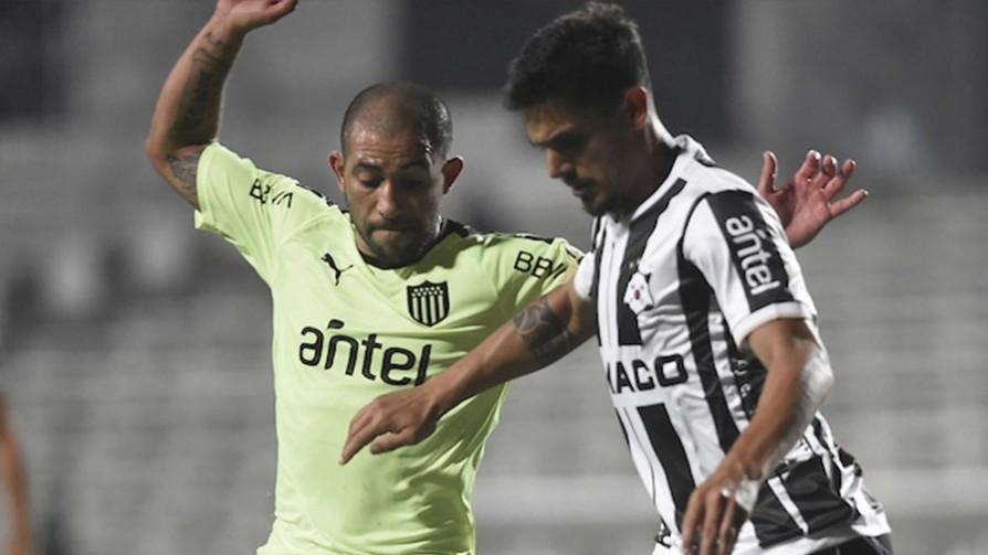 ¿Estuvo bien Peñarol en rechazar Uruguay 3 para la Libertadores?  - Entrada en calor - 13a0 | DelSol 99.5 FM