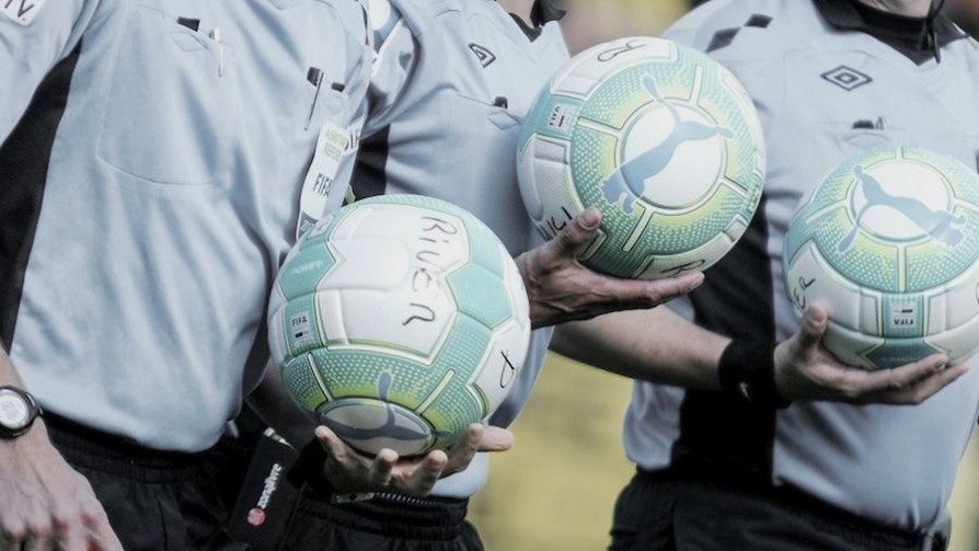 ¿Acaso es personal?: Peñarol contra los arbitrajes - Entrada en calor - 13a0 | DelSol 99.5 FM