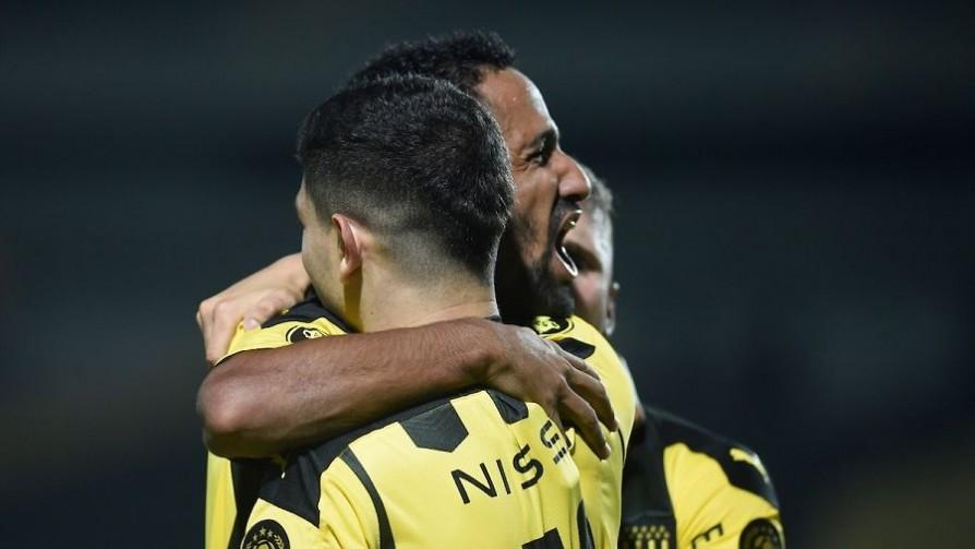 """""""Una buena victoria para Peñarol, que le da la sensación de estar otra vez en la pelea"""" - Comentarios - 13a0   DelSol 99.5 FM"""