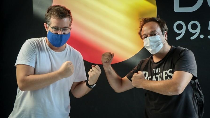 DJ Chupín vs DJ Deldelentes: un duelo terrible - DJ vs DJ - La Mesa de los Galanes | DelSol 99.5 FM