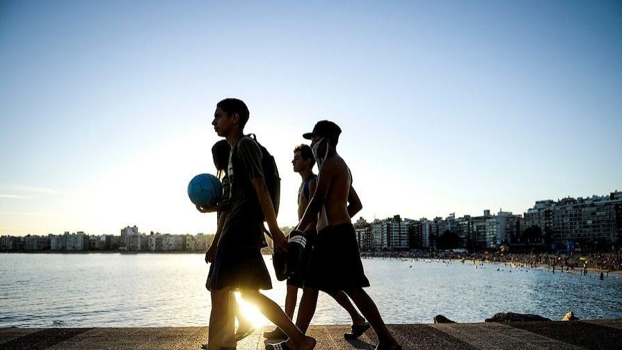 El impacto de la pandemia en los adolescentes  - Luciana Lasus - Doble Click | DelSol 99.5 FM
