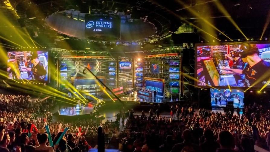 La Mesa quiere su propio torneo de eSports - La Charla - La Mesa de los Galanes | DelSol 99.5 FM