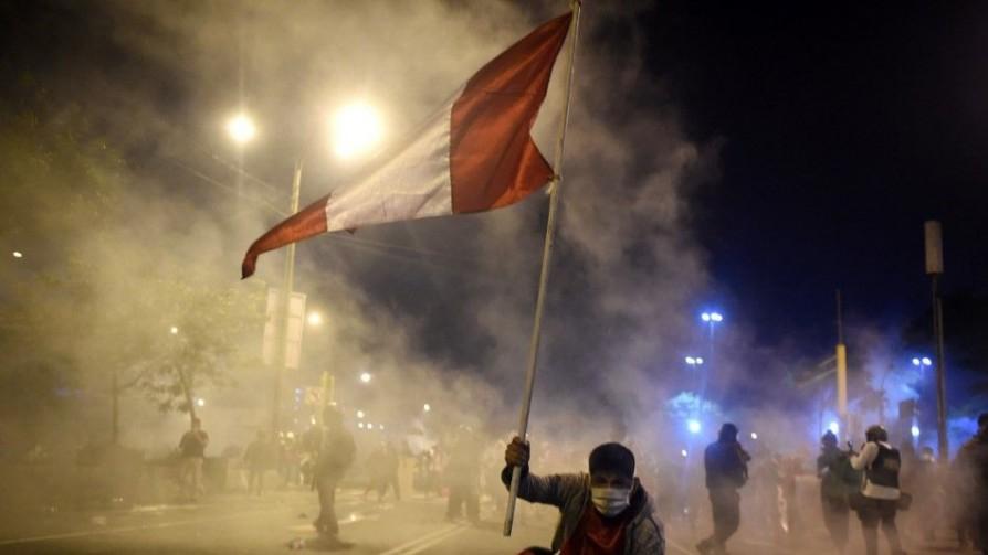 Perú y la máxima expresión de la fragmentación de partidos - Victoria Gadea - No Toquen Nada | DelSol 99.5 FM