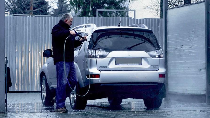 ¿Cuántas veces está bien lavar el auto o moto al mes? - Sobremesa - La Mesa de los Galanes | DelSol 99.5 FM