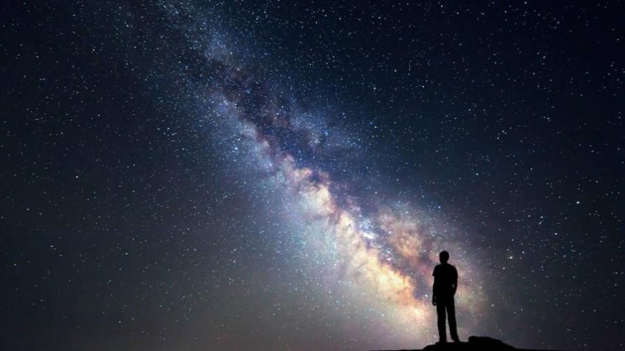 La pregunta del millón: ¿vida luego de la muerte, o vida en otros planetas? - Arranque - Facil Desviarse | DelSol 99.5 FM