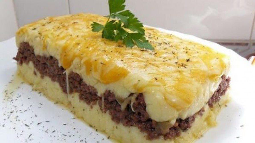 El pastel de carne y la herejía de la salsa blanca - De pinche a cocinero - Facil Desviarse | DelSol 99.5 FM