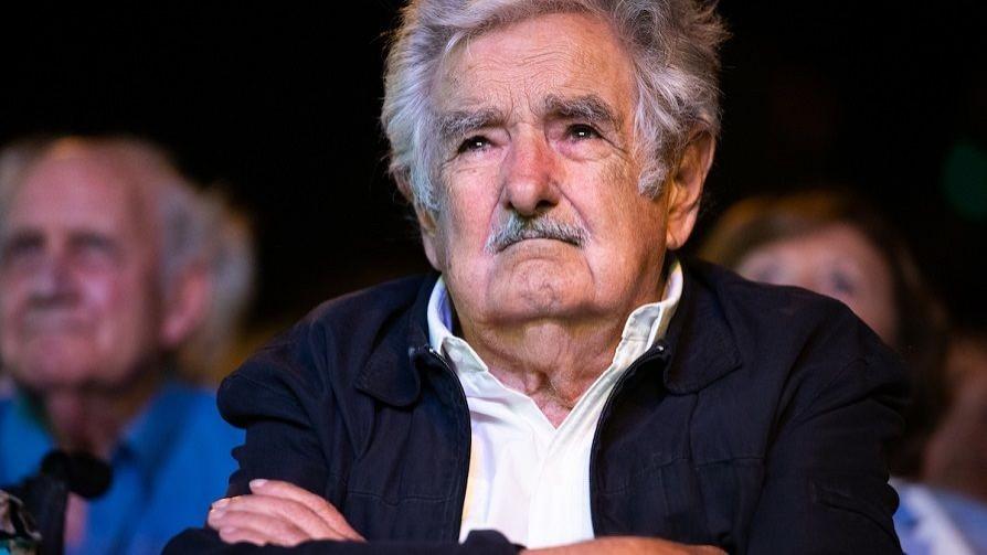Cuerpos extraños dentro de cuerpos extraños: qué se tragó Mujica y moonwalking del delito de peligro contra la salud pública - Columna de Darwin - No Toquen Nada | DelSol 99.5 FM