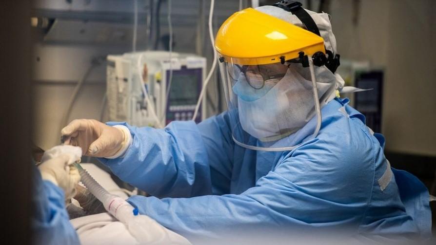 Los pacientes en CTI por Covid hoy ocupan todas las camas que había previo a la pandemia - Entrevistas - Doble Click   DelSol 99.5 FM