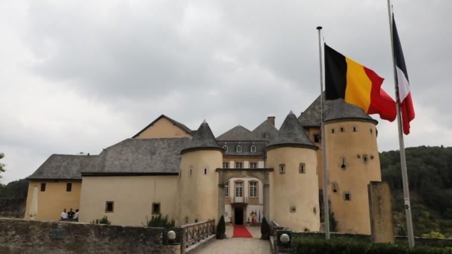 Recorrió de Holanda a Luxemburgo para conocer los castillos - Gol de fin de semana - La Mesa de los Galanes | DelSol 99.5 FM