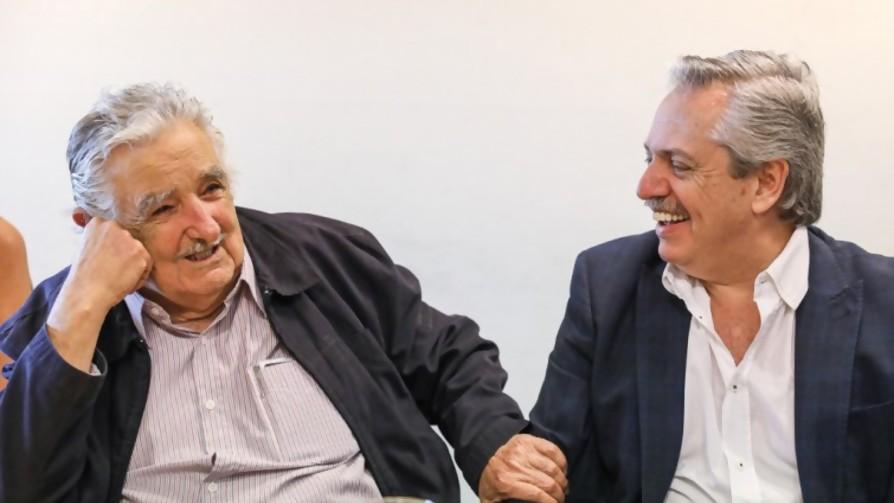 El llamado de Alberte a Mujica / La última de Lavozdelaciencia: No al Test de Anticuerpos, sí a La Filosofía Franfruter - Columna de Darwin - No Toquen Nada | DelSol 99.5 FM