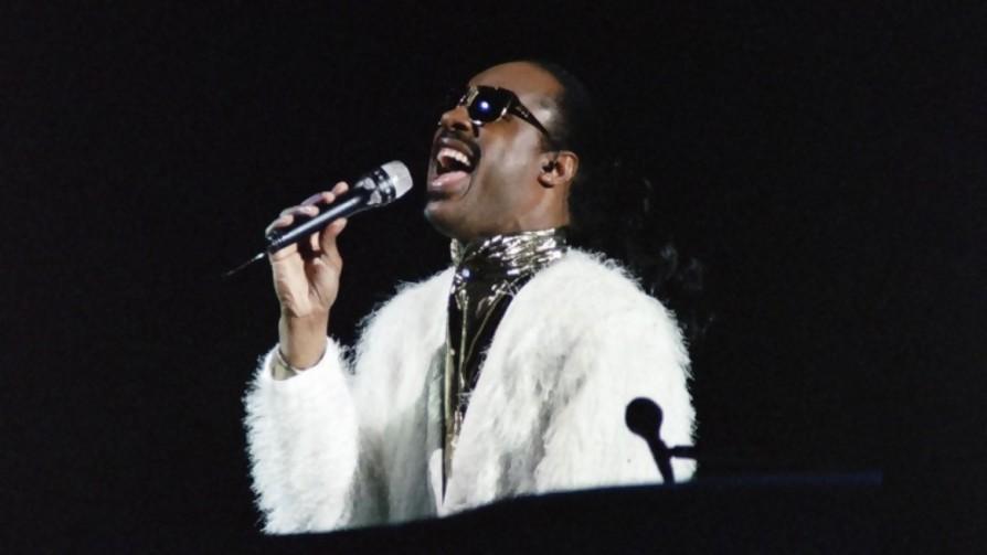 1984: el regreso a casa en su máxima expresión - Playlist  - Facil Desviarse   DelSol 99.5 FM