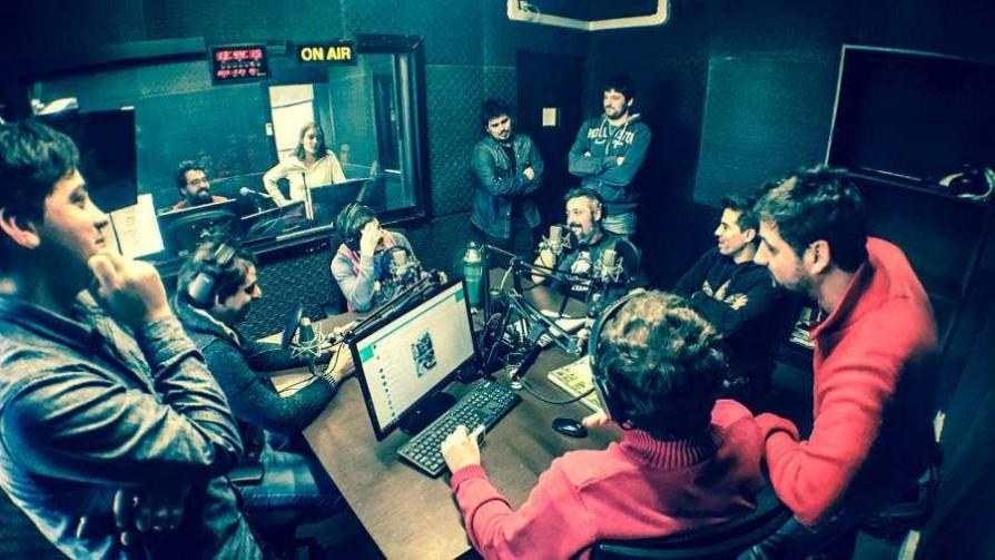 La joda que le hizo Rafa al equipo de fútbol 5 de No Toquen Nada - Audios - La Mesa de los Galanes | DelSol 99.5 FM