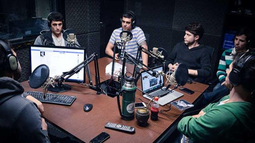 Gatos Callejeros  - Arriba los que escuchan - Cambio & Fuera | DelSol 99.5 FM