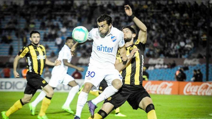 ¡Se juega el clásico del fútbol uruguayo! - Deporgol - La Mesa de los Galanes | DelSol 99.5 FM