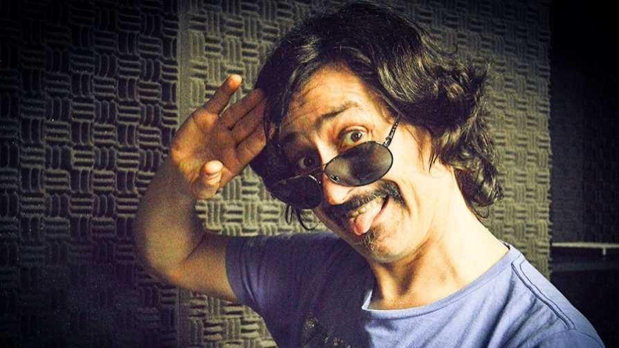 Benny Hill, la vida y obra de un maestro de la comedia - El especialista - Cambio & Fuera | DelSol 99.5 FM