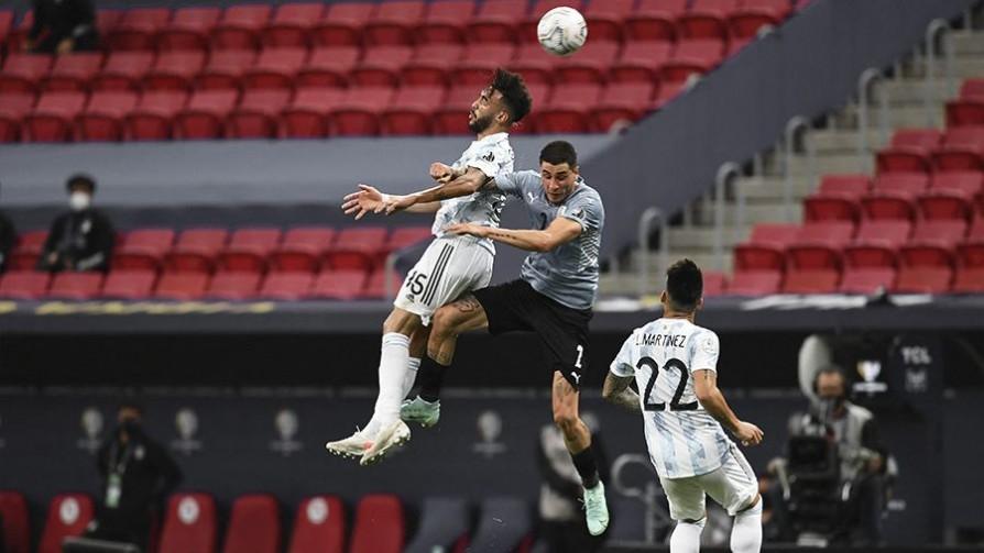 Uruguay 0 - 1 Argentina - Replay - 13a0 | DelSol 99.5 FM
