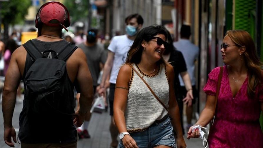 Vacunación, tapabocas y precaución - Carolina Domínguez - Doble Click   DelSol 99.5 FM