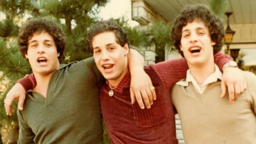 """""""Three Identical Strangers"""" y """"Hacks"""": un documental sorprendente y una serie para reír - Pía Supervielle - No Toquen Nada   DelSol 99.5 FM"""