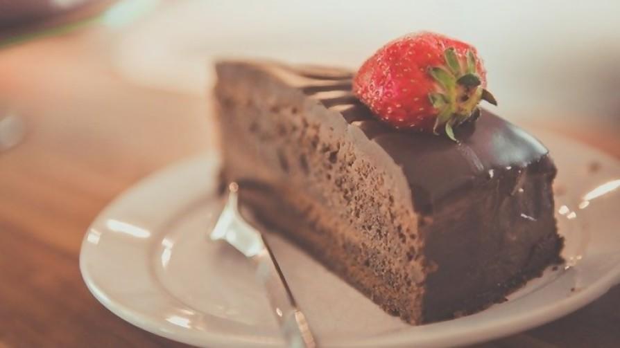 ¿Qué porcentaje de comensales en bares y restoranes piden postre después de comer? - Sobremesa - La Mesa de los Galanes   DelSol 99.5 FM