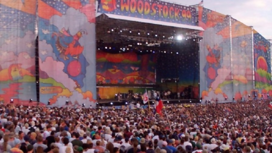 Woodstock 99: no culpes a Limp Bizkit  - Musica nueva - Facil Desviarse   DelSol 99.5 FM