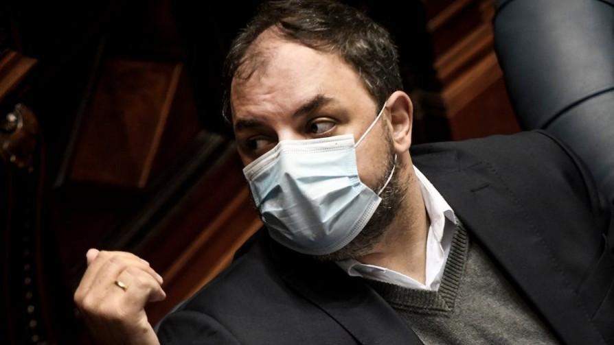 "Charles Carrera: Heber ""tendrá que ir a la Justicia a explicar por qué le mintió al Parlamento"" - Entrevistas - Doble Click   DelSol 99.5 FM"