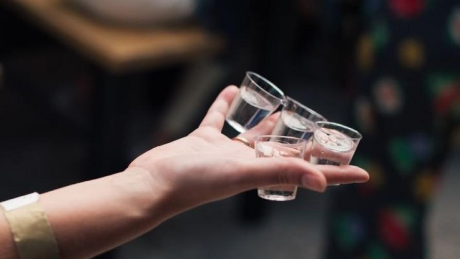 La narrativa líquida del vodka - La Receta Dispersa - Quién te Dice   DelSol 99.5 FM
