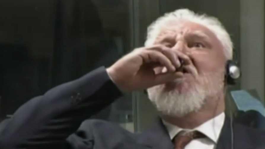Darwin recomendó a Bascou hacer como el croata - Columna de Darwin - No Toquen Nada | DelSol 99.5 FM