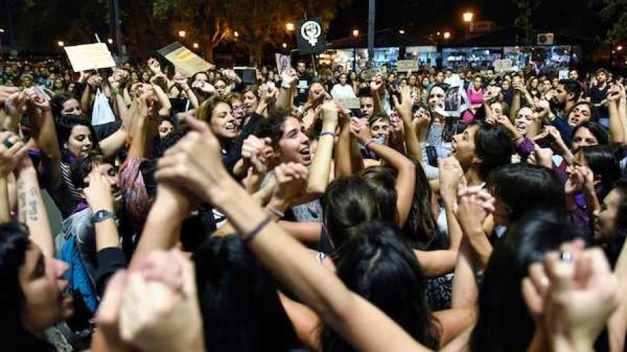 ¿Qué tienen de loco las mujeres uruguayas? - El loquito - La Mesa de los Galanes | DelSol 99.5 FM