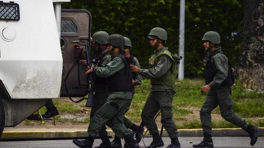 Amnistía: la gente tiene terror de los que están para protegerlos - Entrevistas - No Toquen Nada | DelSol 99.5 FM