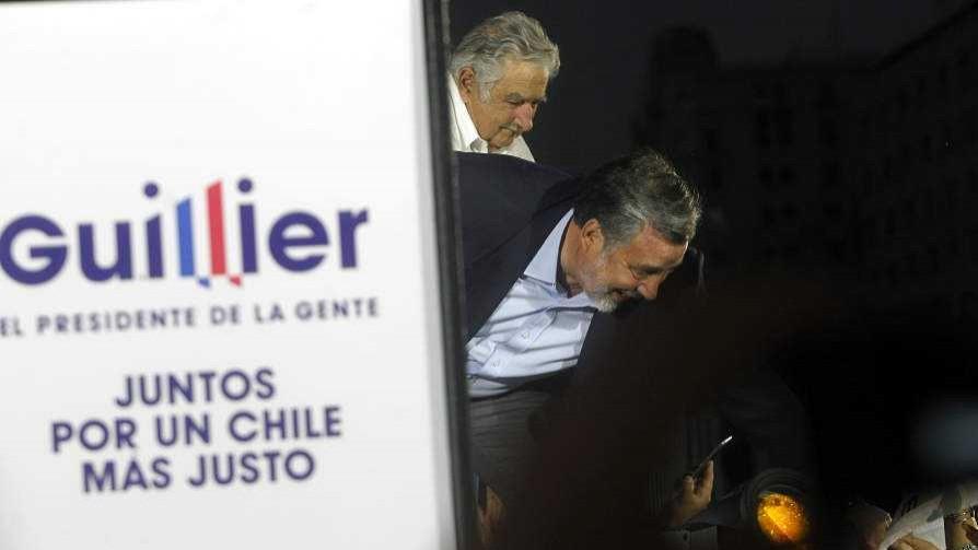 Mujica y su discurso a favor de Piñera en el acto de Guillier - Columna de Darwin - No Toquen Nada | DelSol 99.5 FM