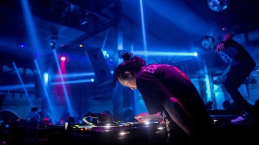 Algo raro sucedió... - La batalla de los DJ - La Mesa de los Galanes | DelSol 99.5 FM