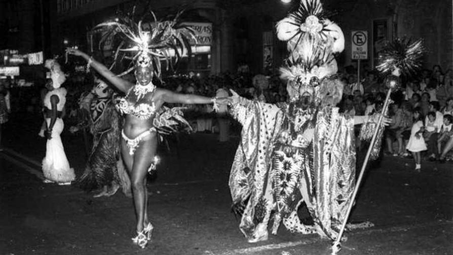 El carnaval y la literatura  - El guardian de los libros - Facil Desviarse | DelSol 99.5 FM