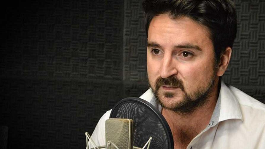 Un economista uruguayo dentro del gobierno de Maduro - Entrevista central - Facil Desviarse | DelSol 99.5 FM