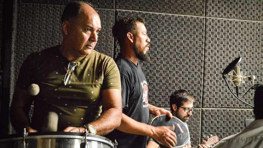 Abrasileradinhos: Samba Sur Clube - Denise Mota - No Toquen Nada | DelSol 99.5 FM