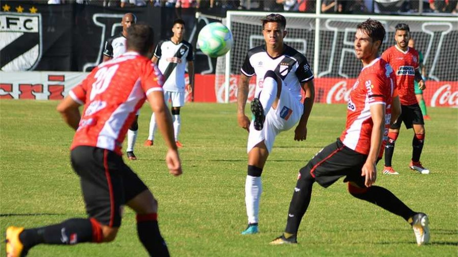 Danubio 1 - 0 River Plate  - Replay - 13a0 | DelSol 99.5 FM