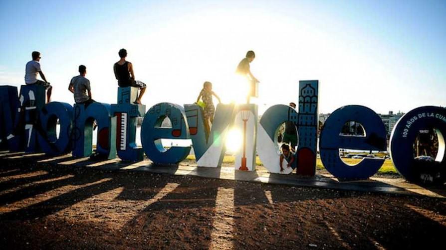 Uruguay es un país feliz  - Cambalache - La Mesa de los Galanes | DelSol 99.5 FM
