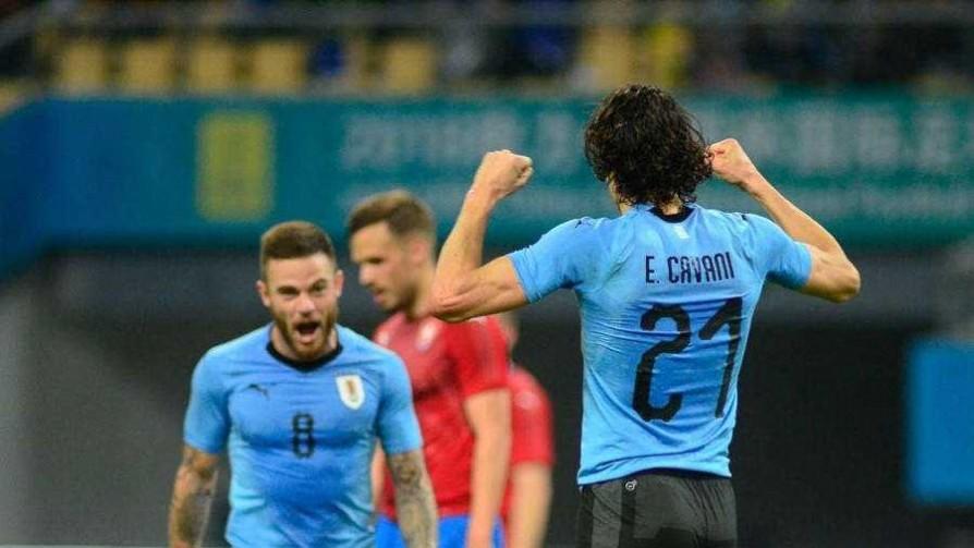 Uruguay 2 - 0 República Checa - Replay - 13a0 | DelSol 99.5 FM