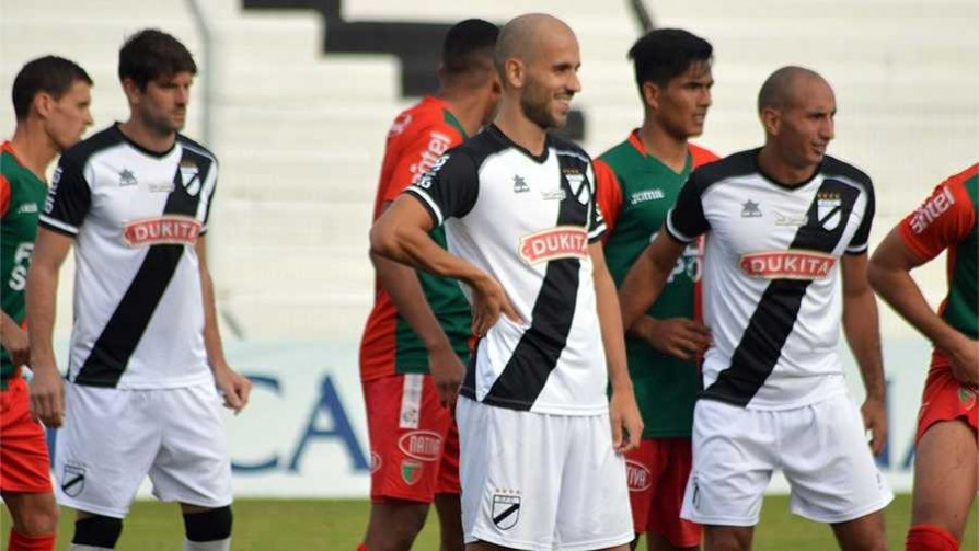 """El empate está bien pero deja miradas diferentes a futuro"" - Comentarios - 13a0 | DelSol 99.5 FM"
