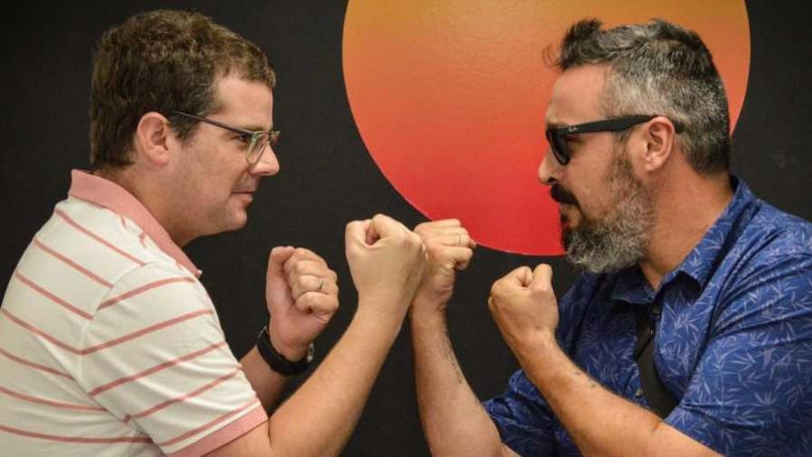 Un duelo que ya es clásico  - La batalla de los DJ - La Mesa de los Galanes | DelSol 99.5 FM