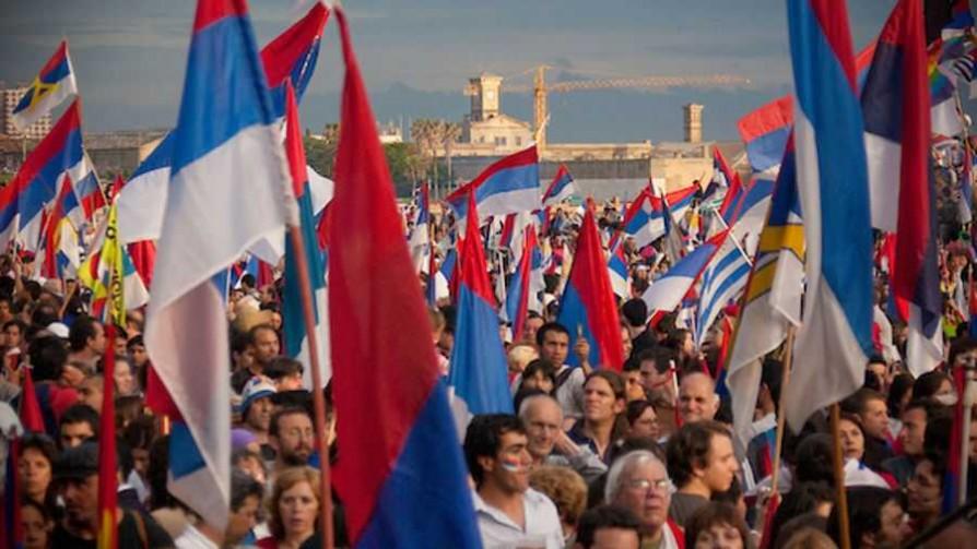 Uruguay por The Economist  - Informes - Facil Desviarse | DelSol 99.5 FM