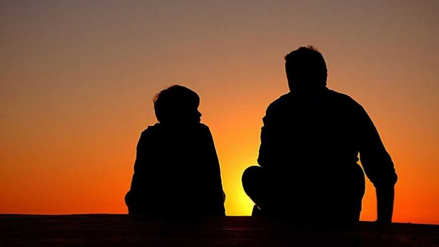Actividades prohibidas para padres e hijos en conjunto, según Darwin - Columna de Darwin - No Toquen Nada | DelSol 99.5 FM