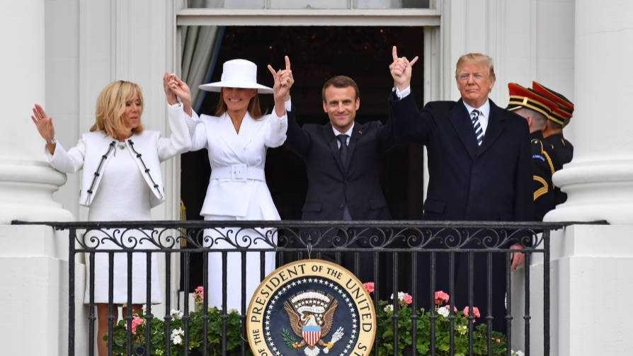 El anali internacional sobre el intercambio swinger entre Macron y Mr. Mongui - Columna de Darwin - No Toquen Nada | DelSol 99.5 FM