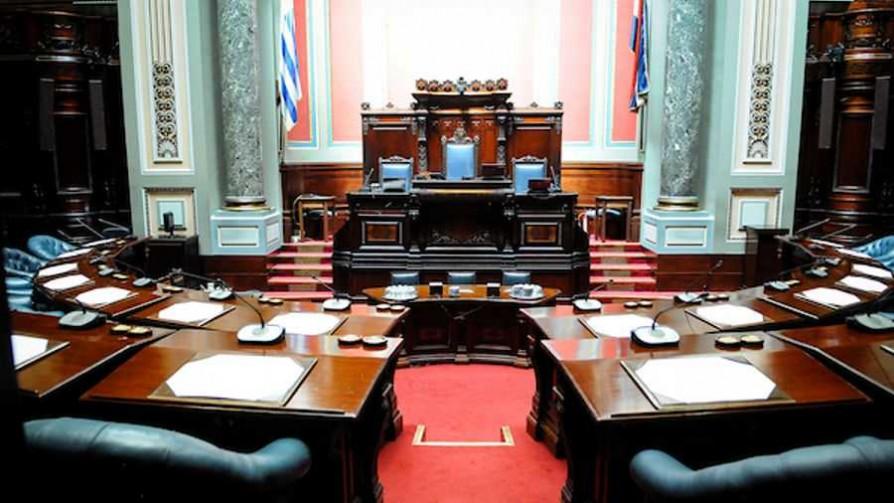El voto electrónico en el Parlamento - Cambalache - La Mesa de los Galanes | DelSol 99.5 FM