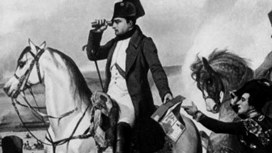 Un cine napoleónico - La historia en anecdotas - Facil Desviarse | DelSol 99.5 FM