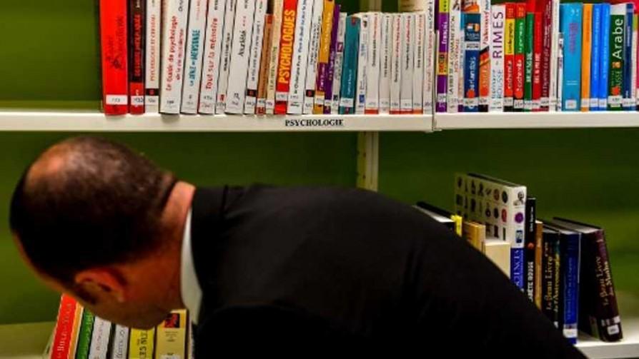 Un libro para Juanchi - El guardian de los libros - Facil Desviarse | DelSol 99.5 FM